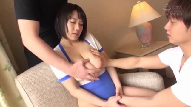 BHG-015澁谷果歩中出巨乳單體作品乳交姐姐