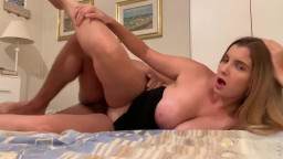 Teen Daughter Seduces and Sucks her Stepdad's Cock