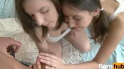 Petite teens enjoy anal threesome