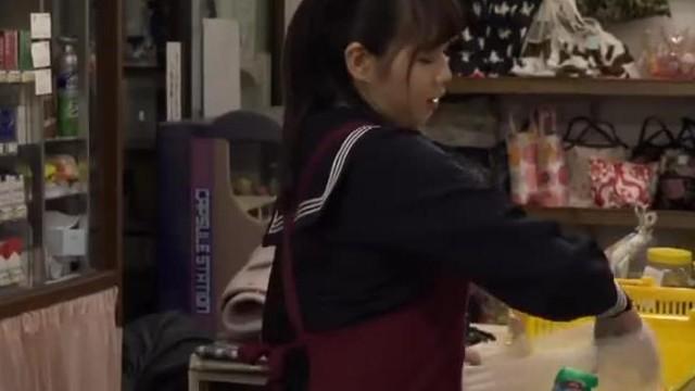 DANDY-590高中女生巨乳打手槍內衣