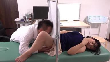 DASD-650 婦人科医に着床するまで中出しされて。若妻不妊治療NTR。 花音うらら
