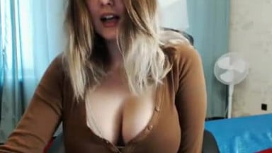 Perfect tits cam slut