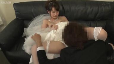 PRED-248 結婚式NTR ~永遠を誓った花嫁と元カレの略奪中出し映像~